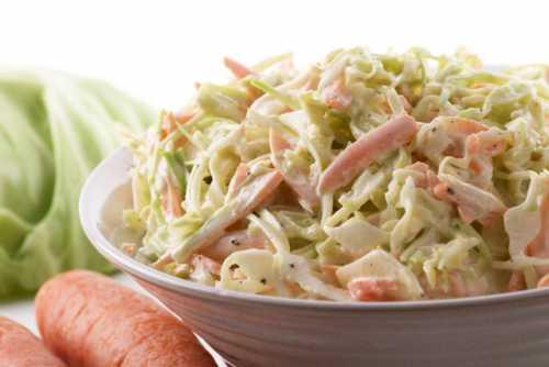 салат нежинский из огурцов на зиму: классический рецепт, вариант с чесноком, капустой и др